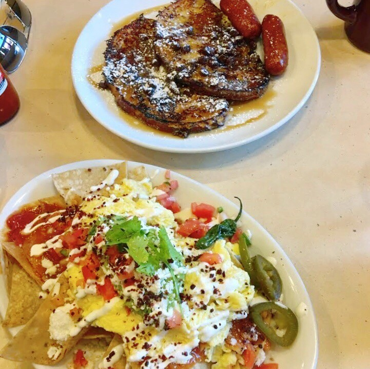 Breakfast nachos & French toast Early Bird